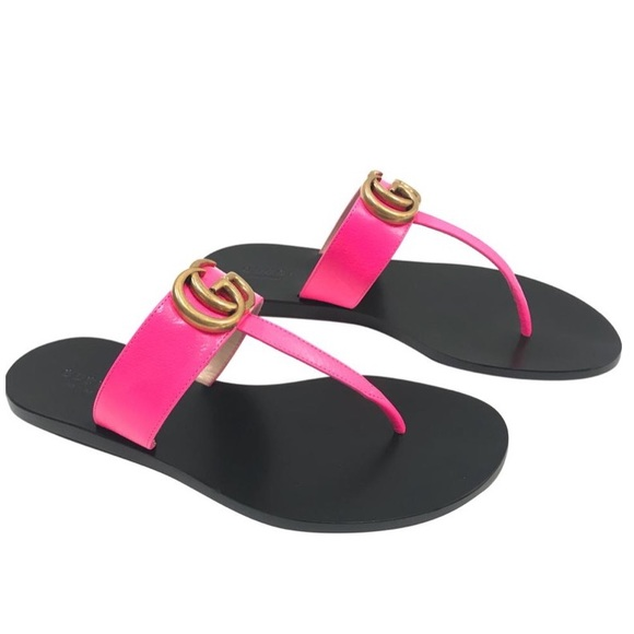 Gucci Marmont Thong Sandals In Fuchsia